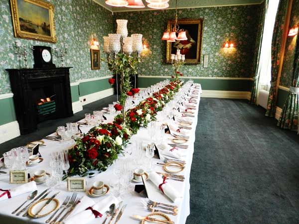 Table garland and candelabra at The Judges Lodgings Lincoln