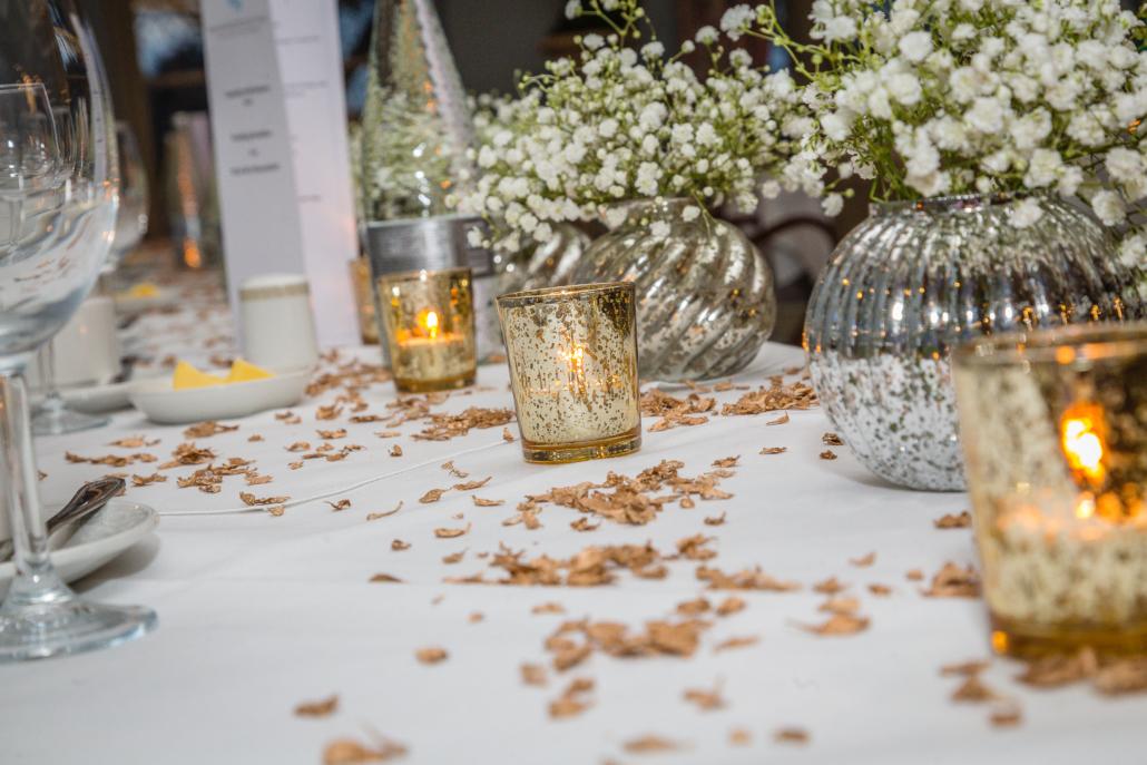 Silver pumpkin vases of gyp
