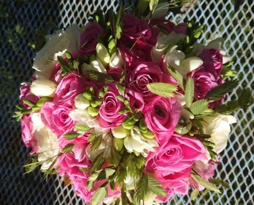 wedding bouquet flowers - Tied posy