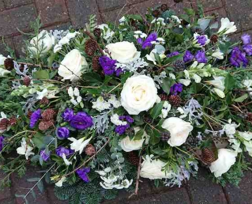 Winter White and Purple 3ft Spray £90
