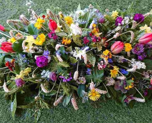 4ft Spring coffin spray £120
